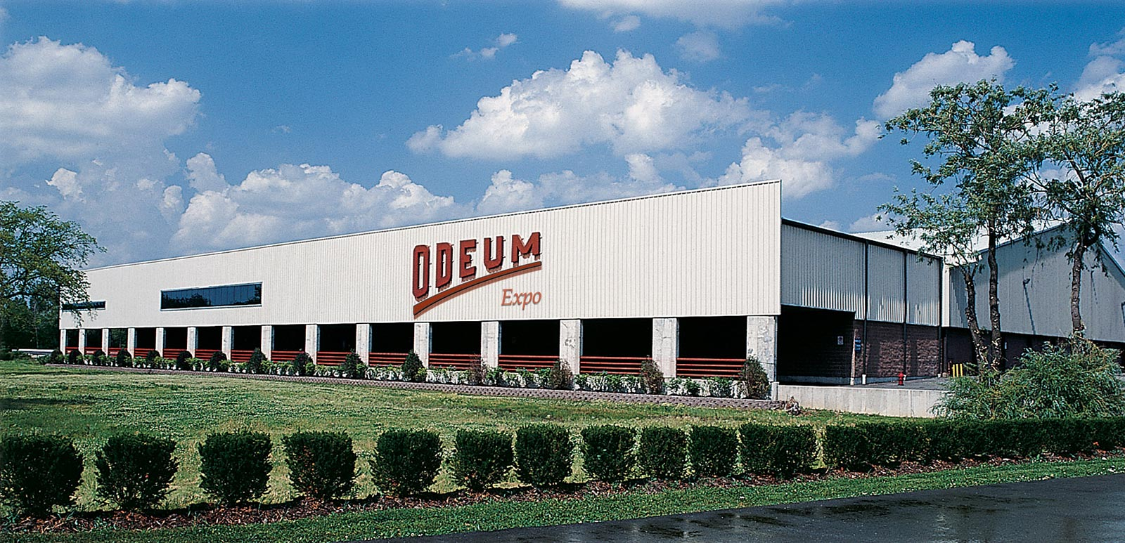 Photo of the exterior of the Odeum Expo in Addison, IL
